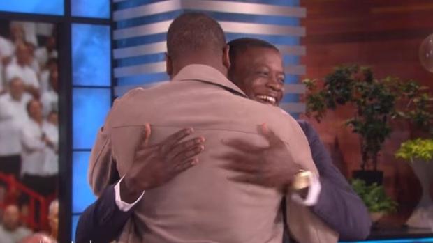 Dwyane Wade surprised Waffle House hero James Shaw Jr  on