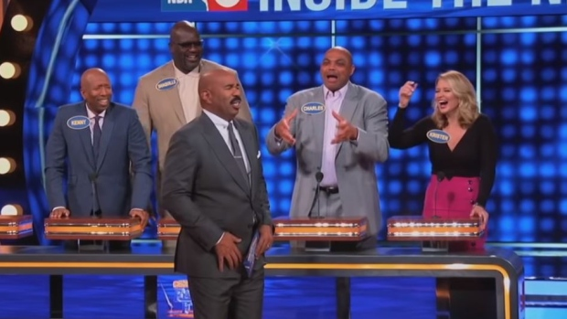 everyone laughed at charles barkley s family feud awkward answer