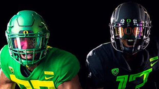 40d522d0f3e Oregon and Notre Dame revealed drastically different jerseys to use in 2018-19  - Article - Bardown