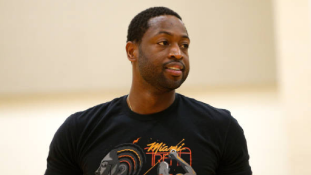 Dwyane Wade Played Pick Up Basketball Through The Power Of Social Media Article Bardown