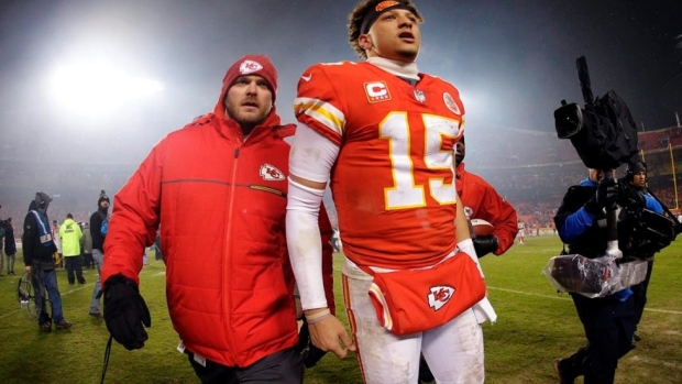 Patrick Mahomes could sign the first  200 million contract in NFL history -  Article - Bardown 1b44ab590