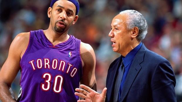 quality design 6b42f 94fbf Drake trolls the Warriors, busts out autographed Raptors ...
