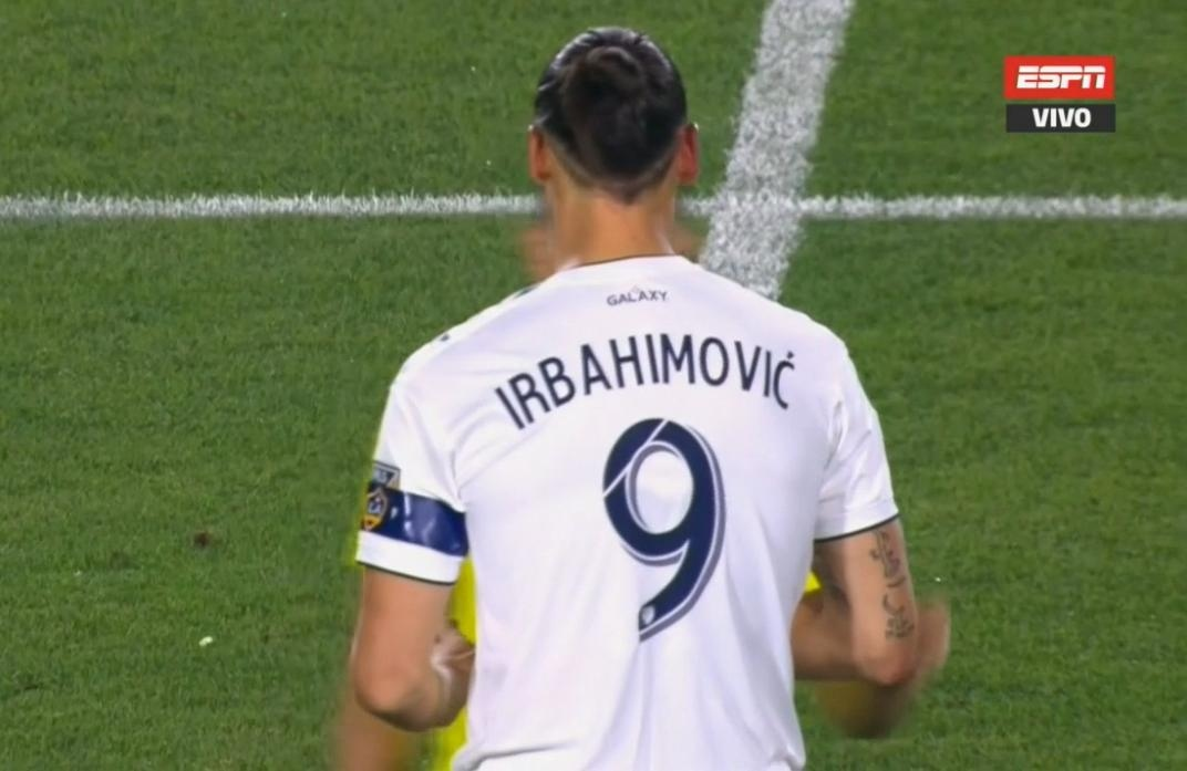 save off a76e0 c124b LA Galaxy misspell Zlatan Ibrahimovic's name on his jersey ...
