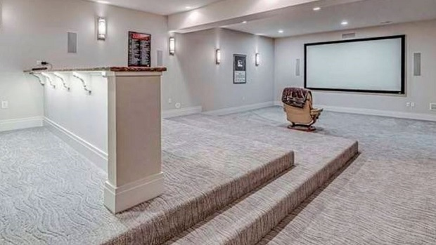 Phil Kessel movie room
