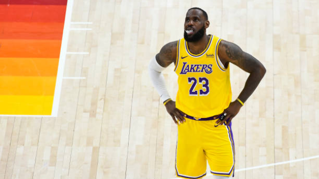 LeBron James, Kobe Bryant and other Los Angeles Lakers legends to ...