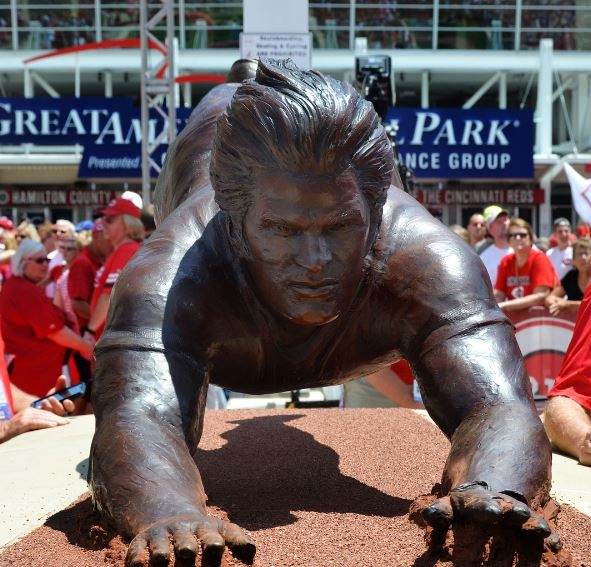 Cincinnati Reds Unveil Fantastic Pete Rose Statue Outside