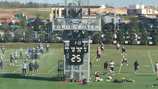 Cowboys Coaches Use Practice Scoreboard To Remind Players About Last Minute Loss To The Packers Article Bardown