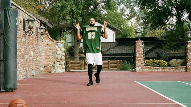 on sale 3c948 03b67 Did Drake reveal tattoos of Curry & Durant's numbers while ...